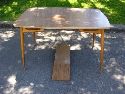lindseys-dining-table